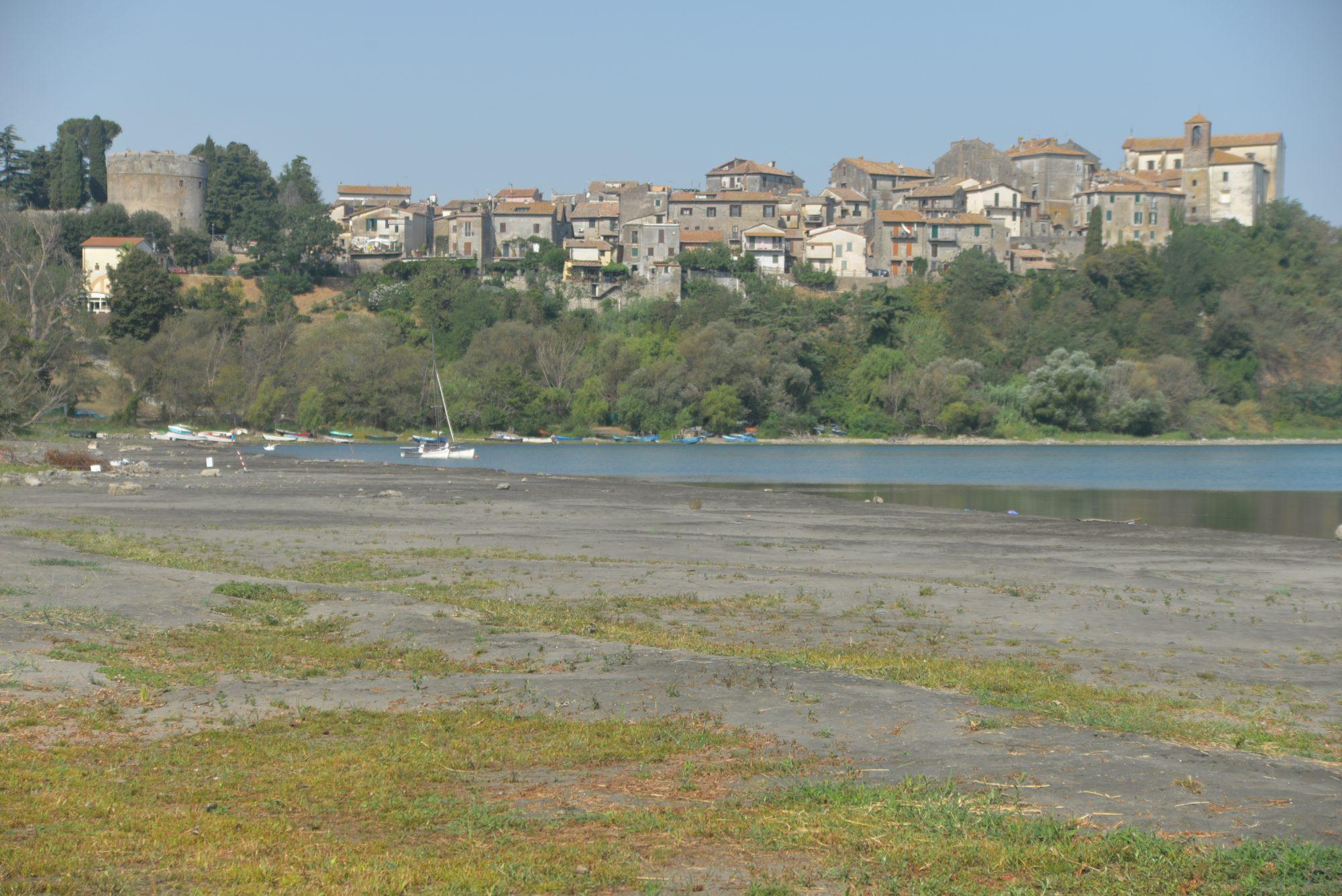 Lago di Bracciano, Raggi di nuovo a fianco di Acea contro la Regione