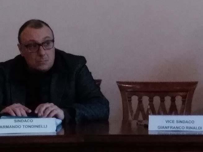 riunione del Consiglio Comunale di Bracciano con Tondinelli sindaco
