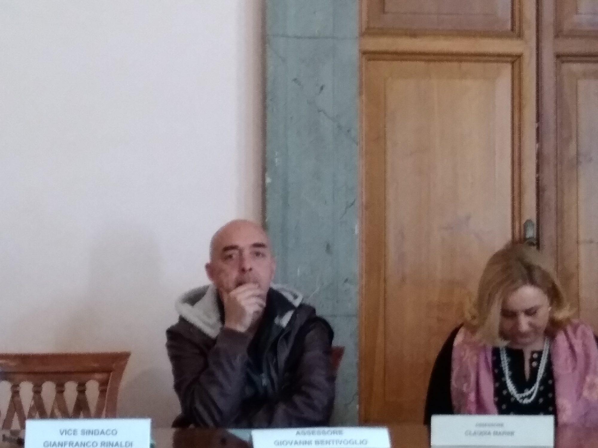 Giovanni Bentivoglio e Bracciano: il feeling c'è. Ma quanto durerà?