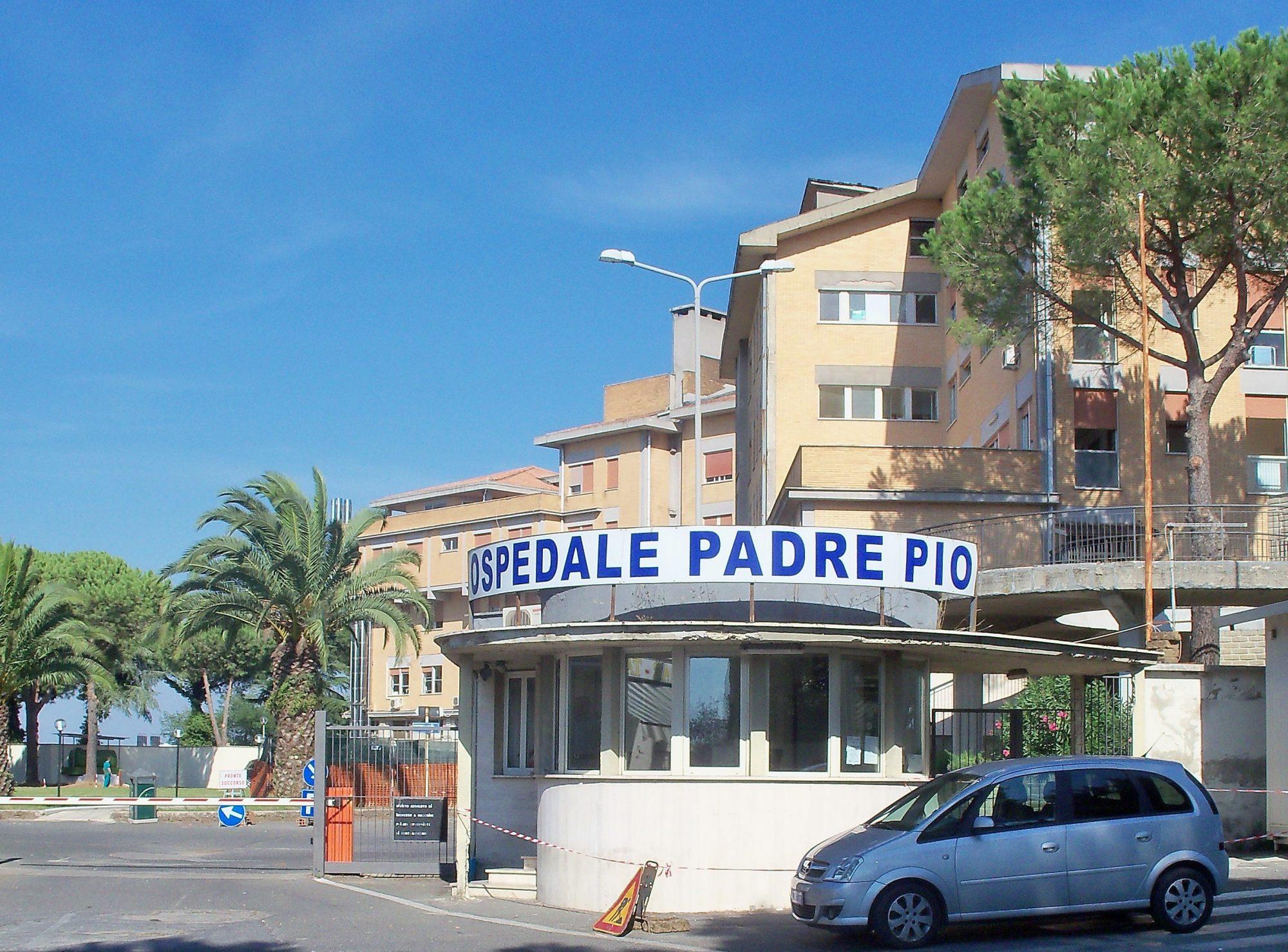 Zanzariere e nuovo parcheggio al Padre Pio di Bracciano: lavori in corso