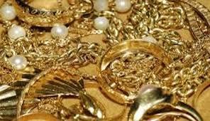 Rignano Flaminio: rubava gioielli dei datori di lavoro. Denunciata domestica