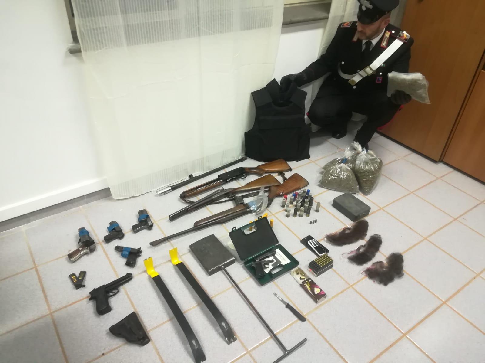 Bracciano Scoperto covo di rapinatori. Due arresti
