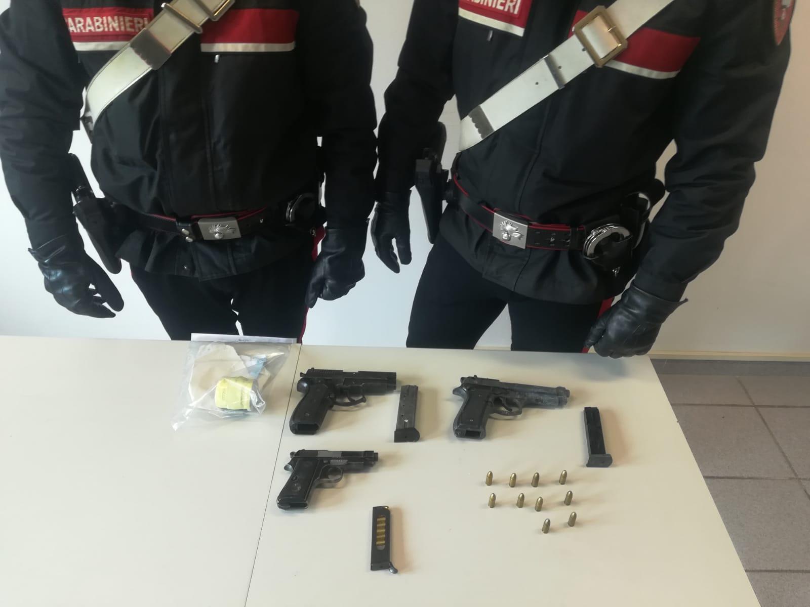 Anguillara: due arresti per detenzione abusiva di armi