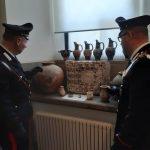 Trevignano: in casa reperti etruschi e romani per 250mila euro. Denunciata una donna per ricettazione