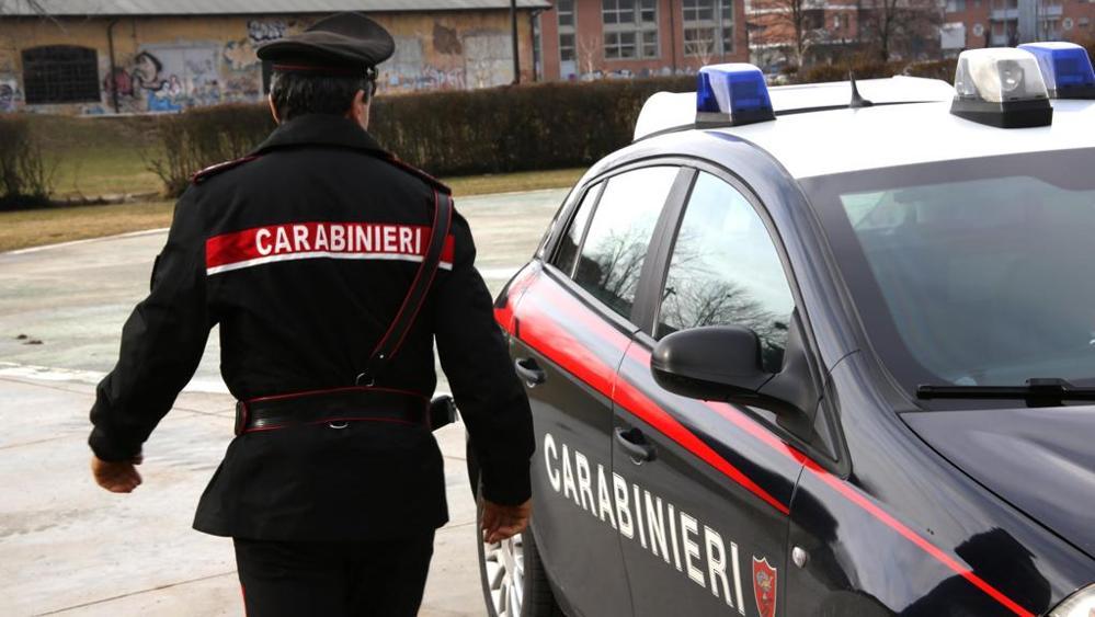 Castelnuovo di Porto Ex fidanzato violento. Con un amico sequestra e picchia il nuovo ragazzo della giovane