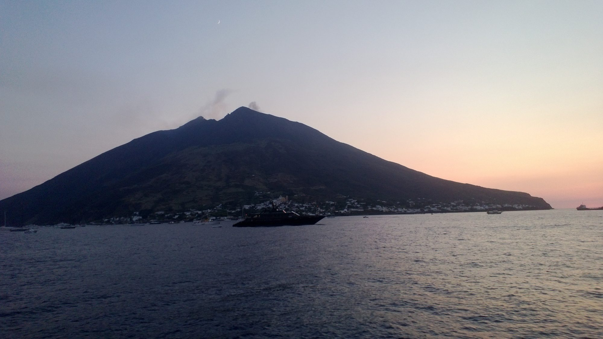 Allerta gialla per il vulcano Stromboli